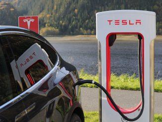 Tesla minará su propio litio: las baterías para coches eléctricos van a disparar la necesidad de este mineral y Elon Musk busca anticiparse - e087.com